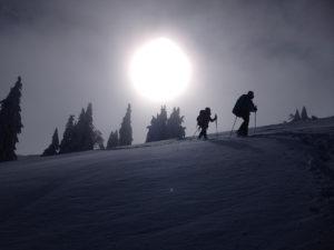 Randonnée en raquettes sur le mont tendre